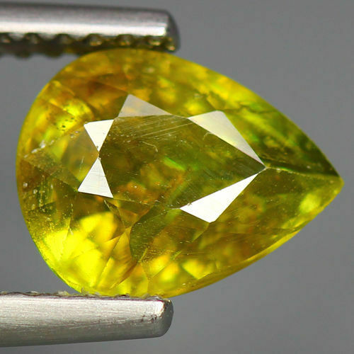2.03 CTS_WORLD CLASS RARE LIMITED EDITION_100 % NATURAL TITANITE SPHENE_RUSSIA
