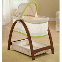 Mint condition Bassinet from summer infant