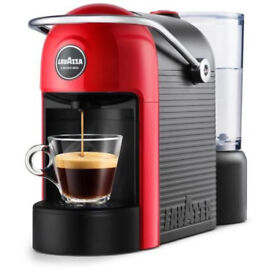 Lavazza Jolie in red had little use