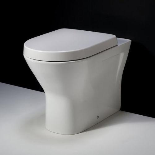Rak Resort TORNA A PARETE TASSELLO Toilette Padella 445 mm & Chiusura Delicata