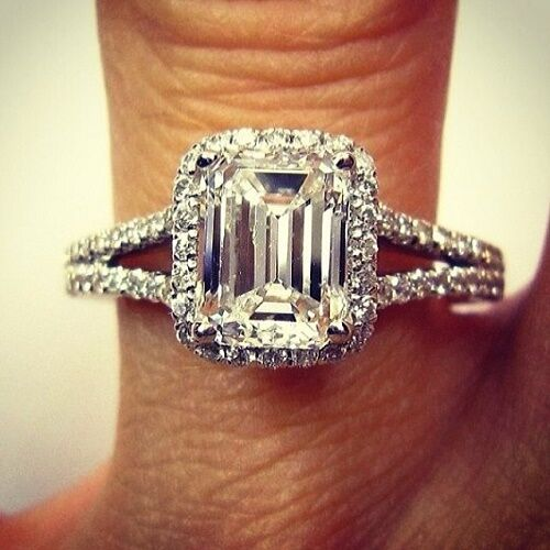 Natural 1.80 ct Emerald Cut Split Shank Pave Diamond Engagement Ring G, VVS GIA