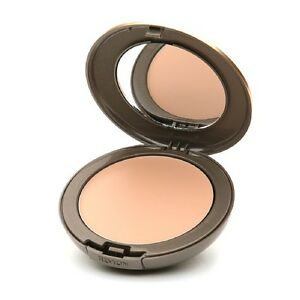 REVLON New Complexion One Step Compact Foundation Sand Beige 03 NEW