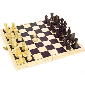 Brand NEW Classic Traditional Folding Wooden Chess Board Game Set Case
