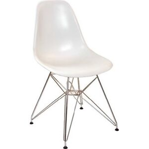 5x Replica Eames Dining chairs (Metal Legs) Manly Manly Area Preview