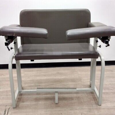Extra-wide Blood Drawing Lab Chair With Padded Arms