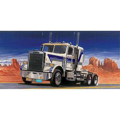 Italeri Freightliner FLC Tractor Cab - Plastic Model Truck Kit 1/24 Scale