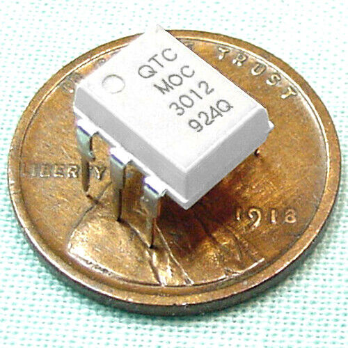 (50) Sensitive MOC3012 Opitcally Coupled Isolator, TRIAC Output, UL Listed