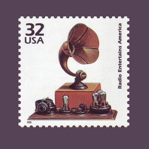 32¢ Radio Entertains America 3184i 1920