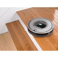 **brand new** iRobot Roomba 761 ** msrp $600