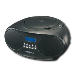 Insignia CD Player Boombox. AM / FM Radio Tuner. AUX Audio Headphones / Headset Jack. Stereo Speaker. AC Power