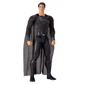 Man of Steel figurine Giant Size Black Suited Superman 79cm articulee avec tissu