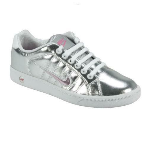aacb835a9f1ebc Womens Nike Court Tradition Trainers