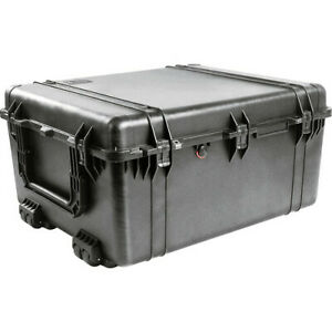 Pelican 1690 Watertight Wheeled Hard Case with Dividers - Black
