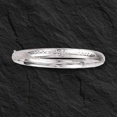 14Kt White Gold Florentine Etched Hinged Bangle/Bracelet 7