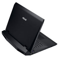 """Échangerais Laptop Asus ROG 17"""" contre Desktop ROG Core i7"""