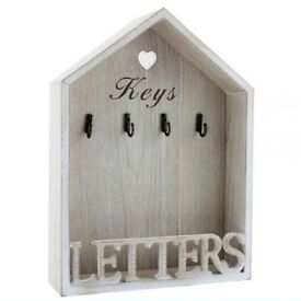 Vintage Shabby Chic Style Letter and Key Rack Natural
