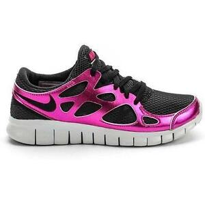 Women's Black Nike Free Run 2