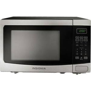 Insignia Countertop Microwave - 1.2 Cu. Ft. - Stainless Steel/Bl