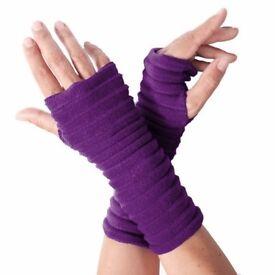 BRAND NEW Ladies Wristees (Hand Wrist Warmers Gloves)