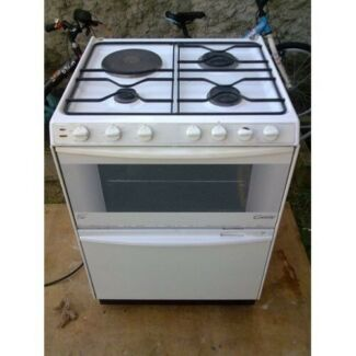 WANTED!! ELECTRIC OVEN/PLATES