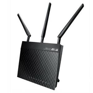 Asus RT-N66U Router with ASUS WRT-Merlin Firmware to run VPN client