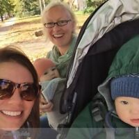 Two Roncy families looking for a full time nanny to start in Jan