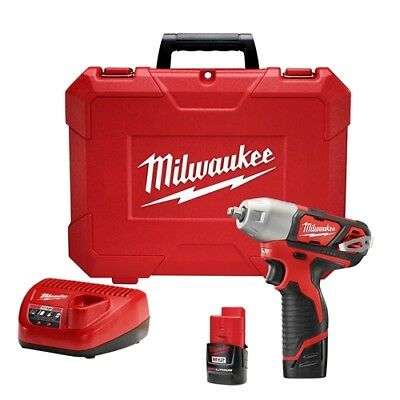 Milwaukee 2463-22 M12 3/8 Impact Wrench - Kit