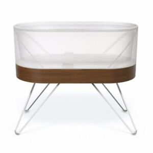 Selling great condition SNOO Smart Bassinet -$950!