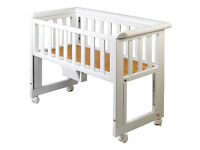 TROLL Cot bed