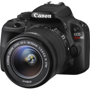 CANON EOS SL1 with Lens EF 18 -135mm + charger, battery