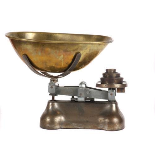 Antique Gold N Jadtar Set: Antique Brass Scales