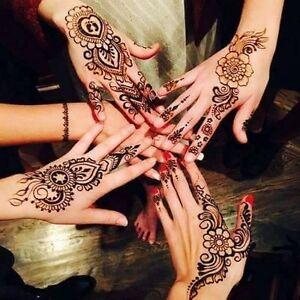Hi am doing henna beautiful design