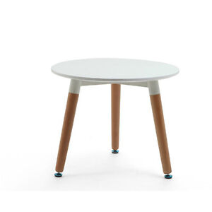 Kids Eames Round Table