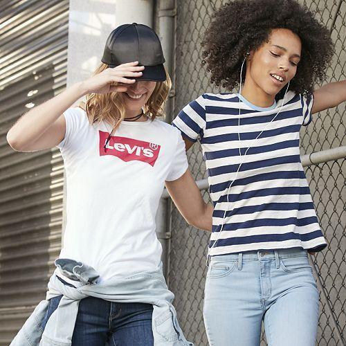 Levi's Women's Slim Crew Neck Tee Shirt SMALL Core Batwing W