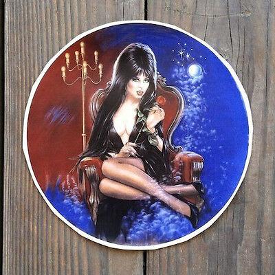 Original Sexy ELVIRA MISTRESS OF THE DARK Halloween Witch Round Decal 1988 NOS (The Dark Origins Of Halloween)