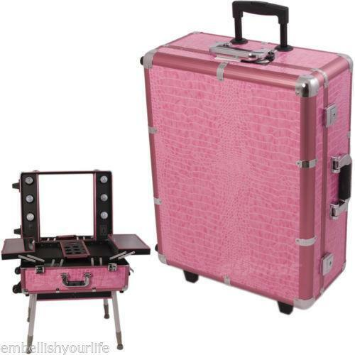 Stylish pink makeup cases in krystal bling, smooth leather-like, pink alligator and more! Makeup Creations has the perfect size makeup case for you! We use only high quality materials with handy compartments and trays to store your makeup supplies.