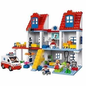 LEGO Duplo Big City Hospital Macleod Banyule Area Preview