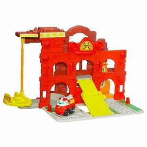 Tonka - Chuck and Friends - Fold 'N Go Fire Station