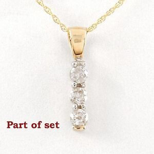 Diamond Necklace with earrings.