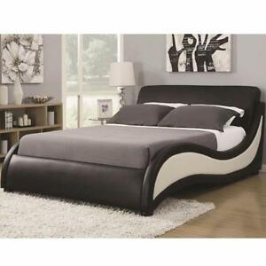 Coaster Niguel Modern Upholstered Queen / King Size Bed