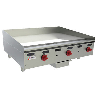 Wolf Range Agm48-12 Heavy Duty Natural Gas Griddle 48w 4 Burners 104000 Btu