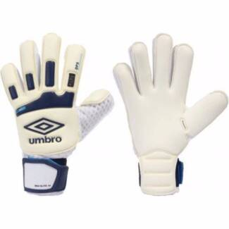 BEST SOCCER GLOVES Ascot Vale Moonee Valley Preview