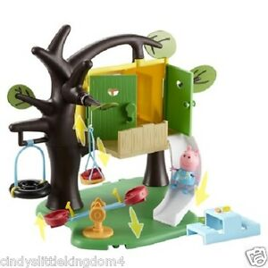 DAMAGED BOX -  Peppa Pig Play Tree House Playset Toy & Figure, Treehouse