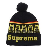 plusieurs tuques SUPREME hats beanies