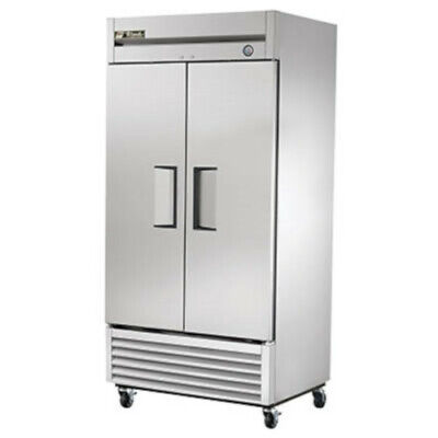 True T-35-hc 40 Two Section Solid Door Reach In Refrigerator