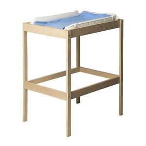 Table à langer IKEA