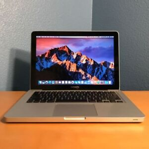 Late 2011 Macbook pro great condition