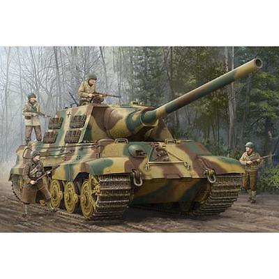 Trumpeter German SdKfz 186 Jagdtiger Tank Destroyer 1:16 Scale Model Kit