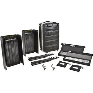 Kino Flo Diva 401 Universal 2-Light Kit w Flight Case & bulbs