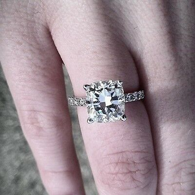 Lovely 1.50 Ct Radiant Cut Diamond Engagement Ring Pave GIA Certified F, VS2 14K